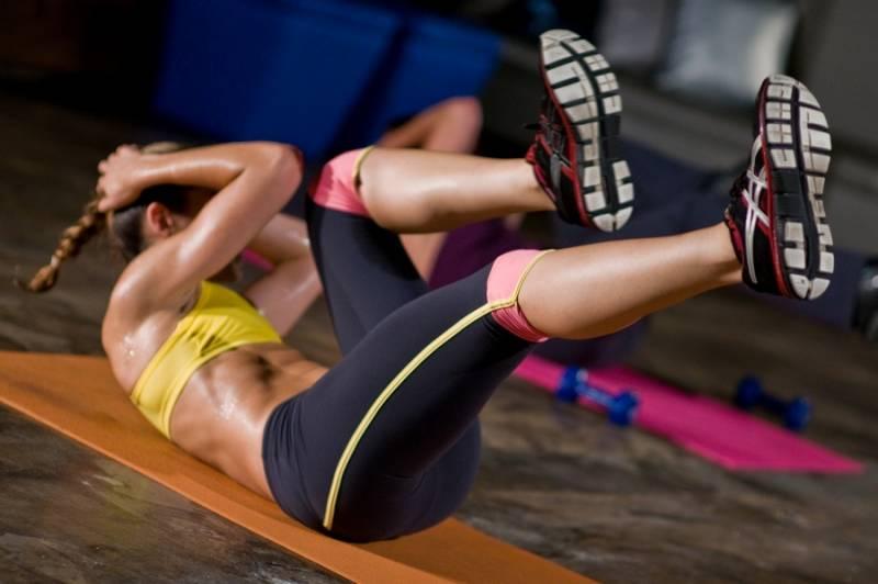 Onde comprar online tênis, roupas, uniformes e acessórios para academia e treino fitness