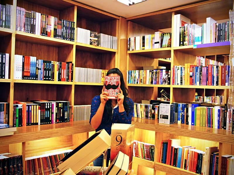 Lista de melhores lojas online para comprar livros pela internet