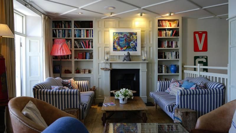 Decoração de interiores faz maravilhas em apartamentos pequenos
