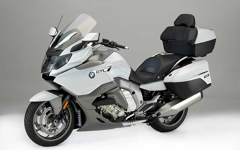 BMW K 1600 GTL tem ficha técnica de luxo com velocidade máxima para quem quer pilotar