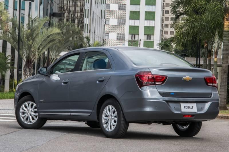 Novo Chevrolet Cobalt 2018 tem preço bom para sedan compacto