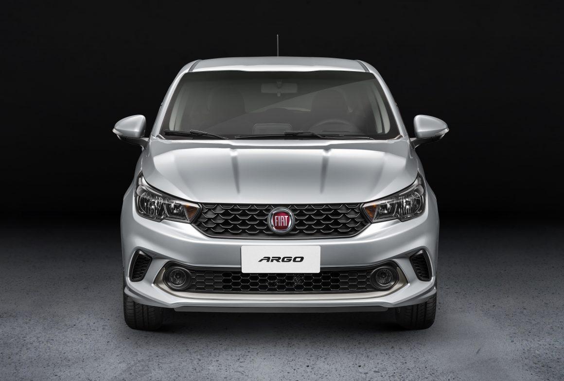 Novo Fiat Cronos 2018 é a versão sedan do Argo