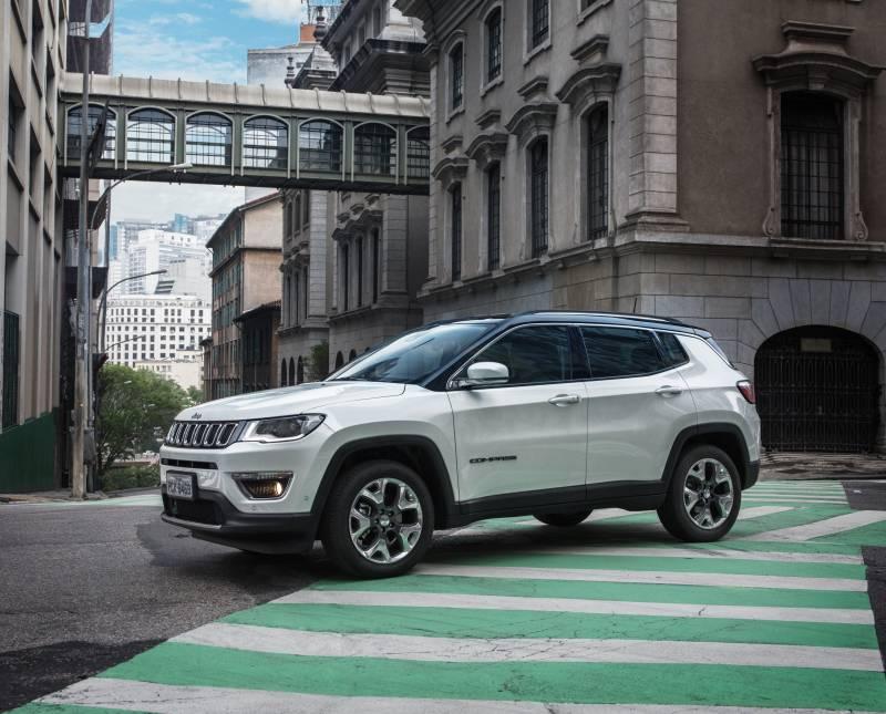 Preço e avaliação do Jeep Compass 2018 agradam no diesel e Sport