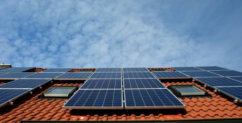 Como funciona a energia solar residencial, conheça vantagens e desvantagens