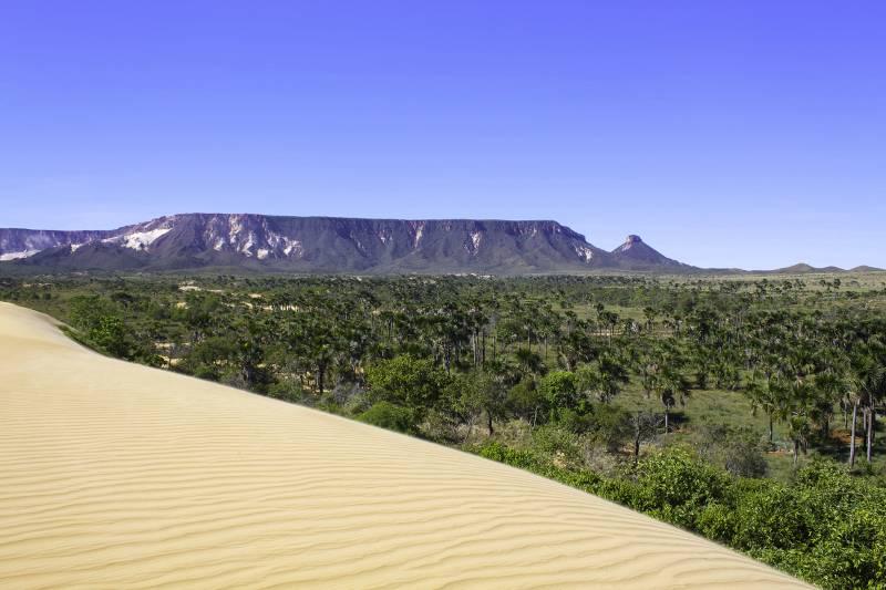 Pacote de turismo no Jalapão em Tocantins garante fotos incríveis com pousadas aconchegantes