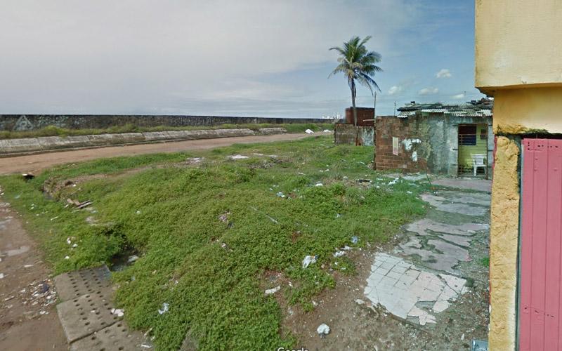 Praia Del Chifre em Olinda é o caos e abandono