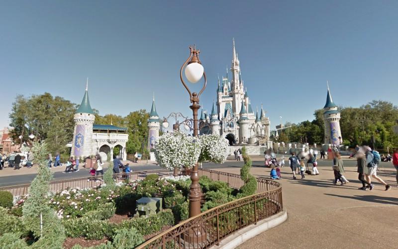 Visite os parques Disney sem sair de casa
