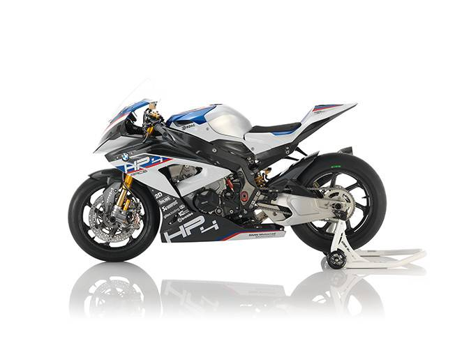 BMW HP4 Race tem chassi e rodas em fibra de carbono