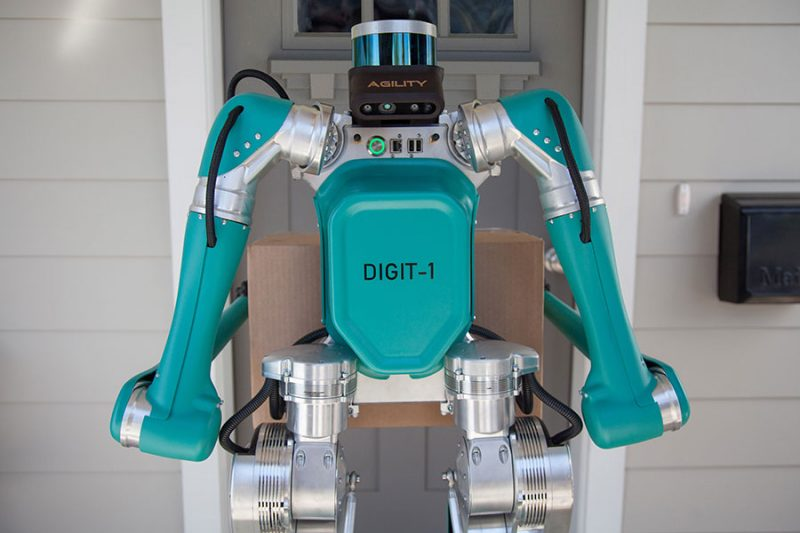 O simpático robô de entregas da Ford