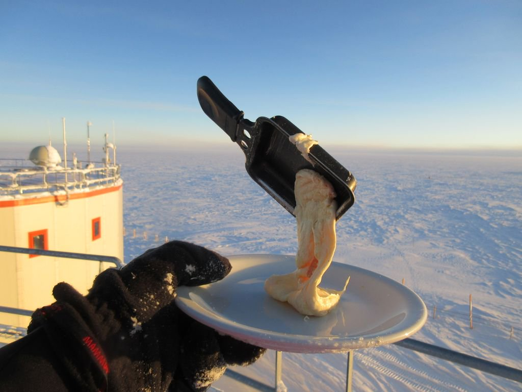 Comida na Antártida (foto: cyprienverseux)