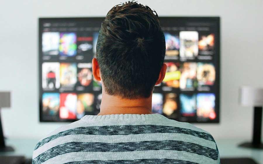 Lei sancionada por Dilma pode prejudicar canais de streaming no Brasil