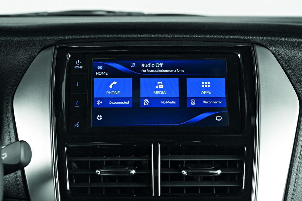 Toyota Yaris 2020 - Central Multimídia é equipada com Android Auto e Apple Car Play