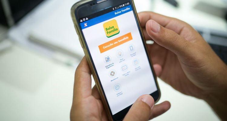 Aplicativo do Bolsa Família facilita acesso às informações sobre o programa (foto: Rafael Zart / Ministério da Cidadania)