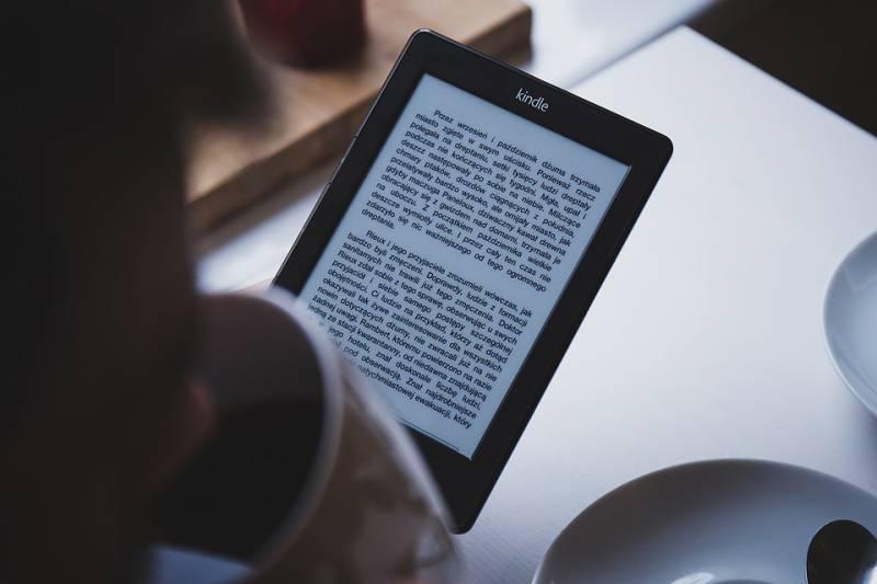 Sites para baixar livros grátis em PDF ou ler online quando quiser