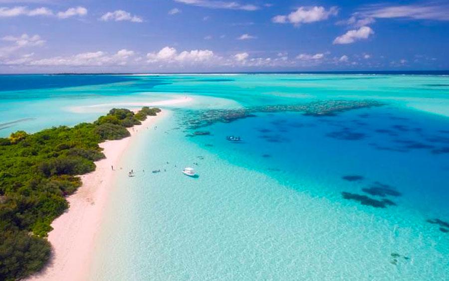 Vale a pena comprar pacotes de viagens em agência de turismo?