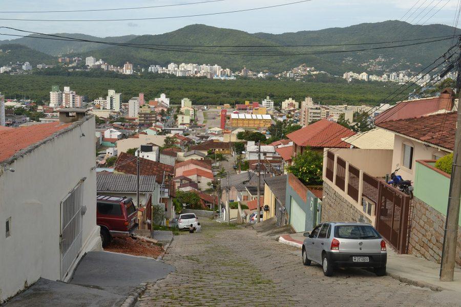 Panorama da cidade a partir do Morro da Cruz (foto: Janko Hoener / wikimedia)