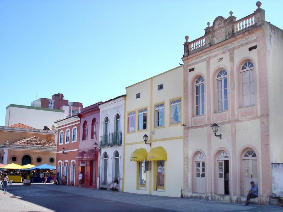 Centro histórico da cidade (foto: Fernando Dall'Acqua / wikimedia)