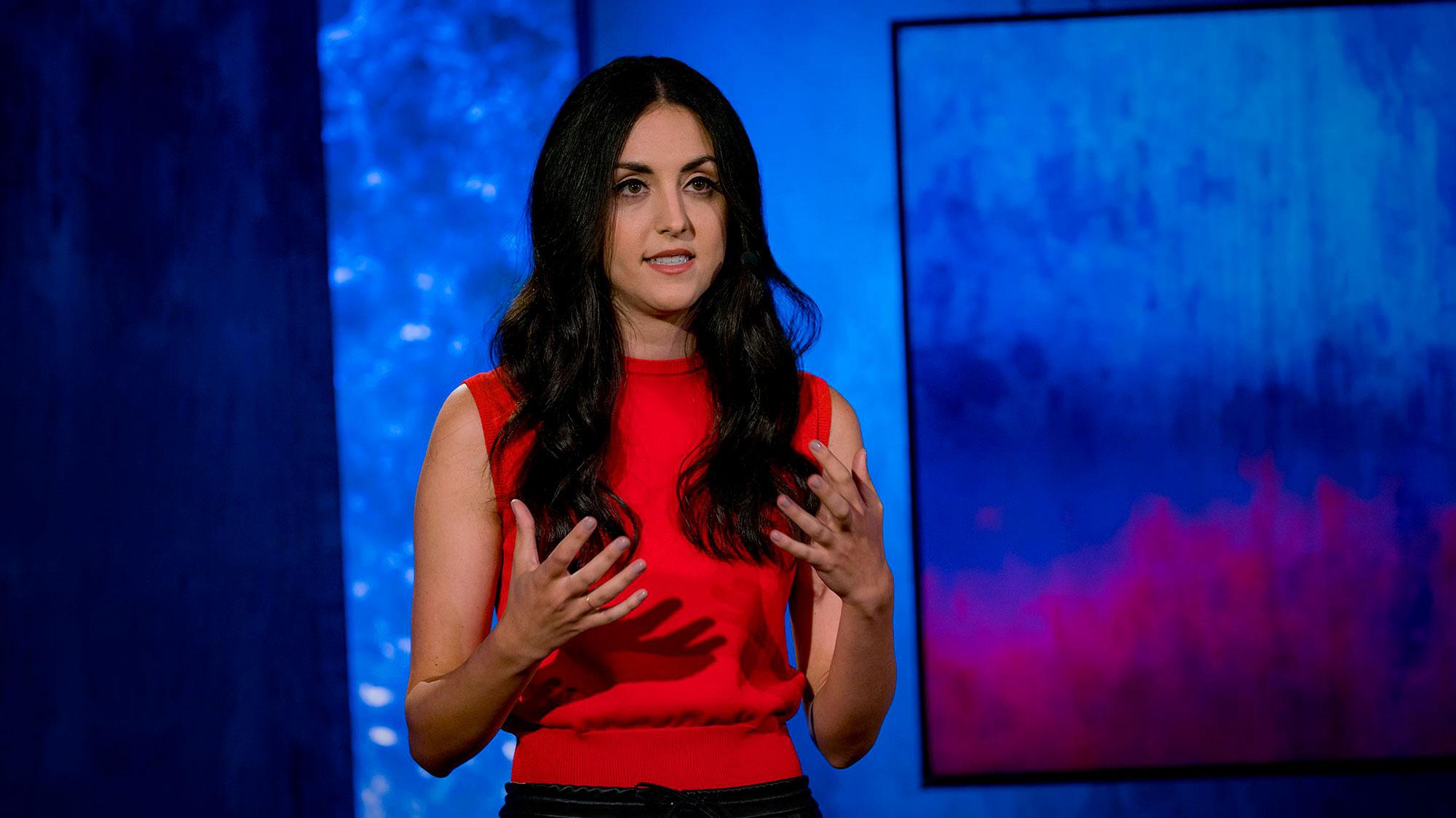 """Quando a investidora de risco Natalie Fratto está decidindo qual fundador de startup irá apoiar, ela não procura apenas inteligência ou carisma; ela procura capacidade de se adaptar. Nesta palestra perspicaz, Fratto compartilha três maneiras de medir nosso """"quociente de adaptabilidade"""" e mostra por que nossa capacidade de reagir a mudanças realmente importa."""