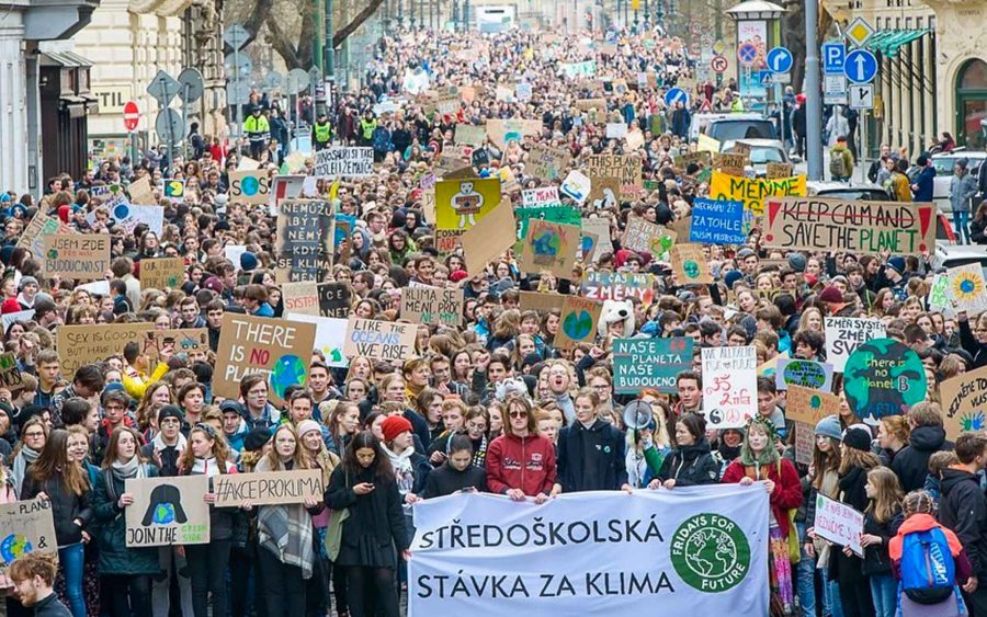 Protesto pede melhorias no mundo