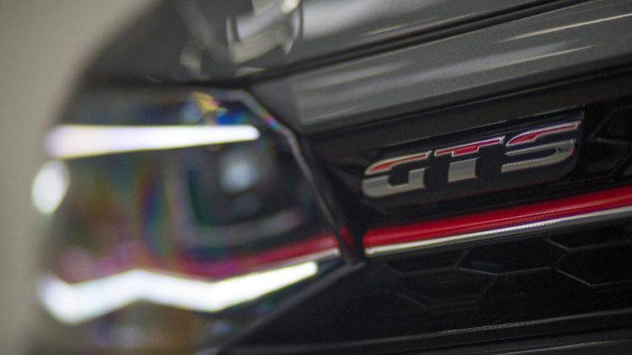 Externamente o Polo GTS traz detalhes exclusivos