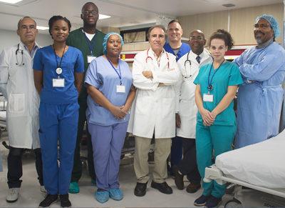 A equipe inclui especialistas e profissionais cardiovasculares consagrados e respeitados internacionalmente