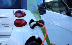Carros a gasolina e diesel poderão ser proibidos no Brasil
