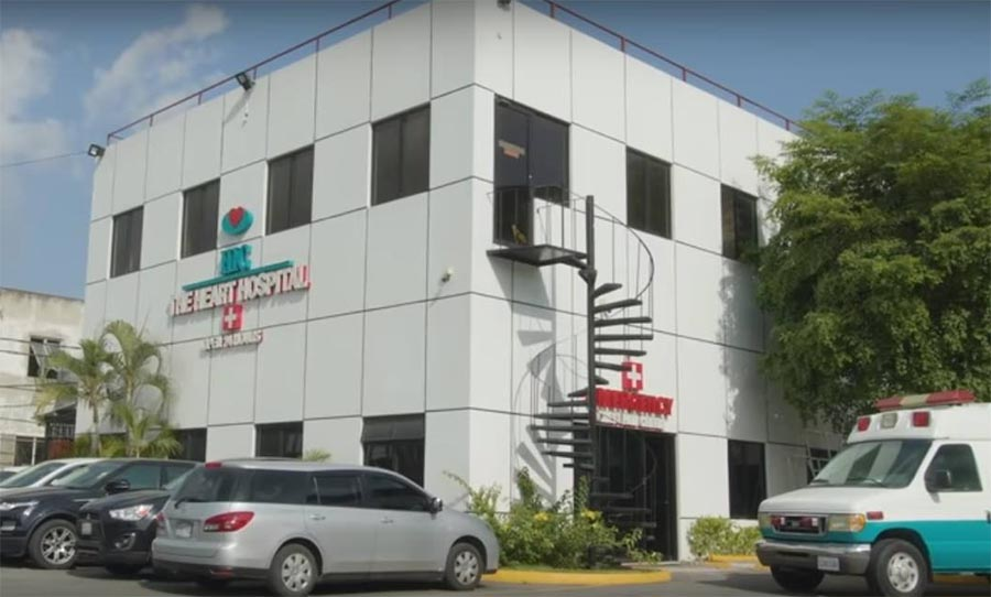 Instituto Heart Institute of the Caribbean em Kingston, Jamaica