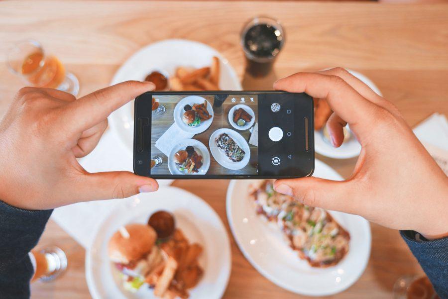 As redes sociais – especificamente, o Instagram – têm feito os restaurantes mudarem sua estética
