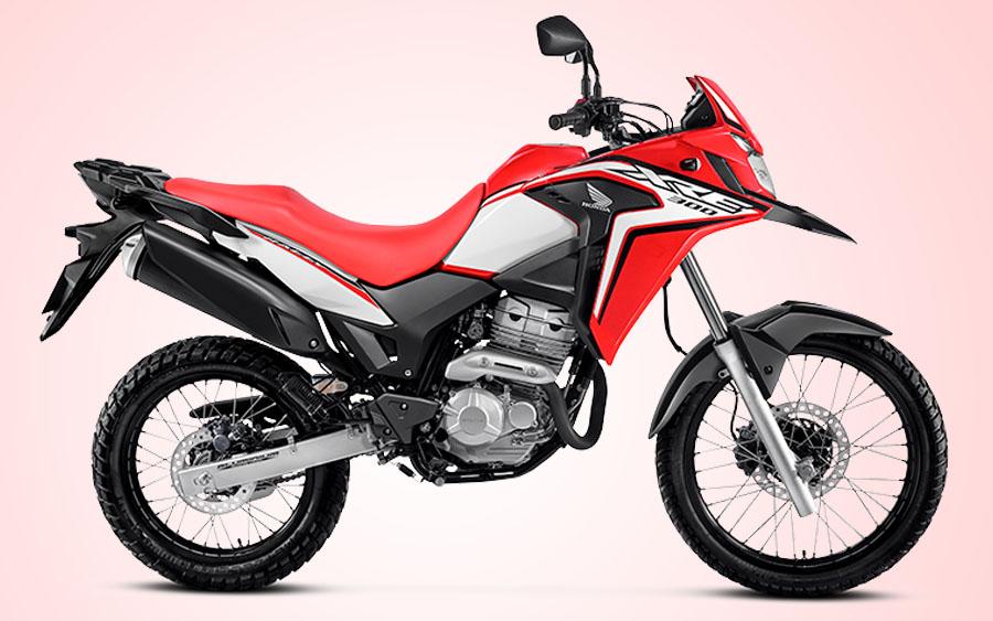 Honda XRE 300 é uma moto para quem tem estilo aventureiro