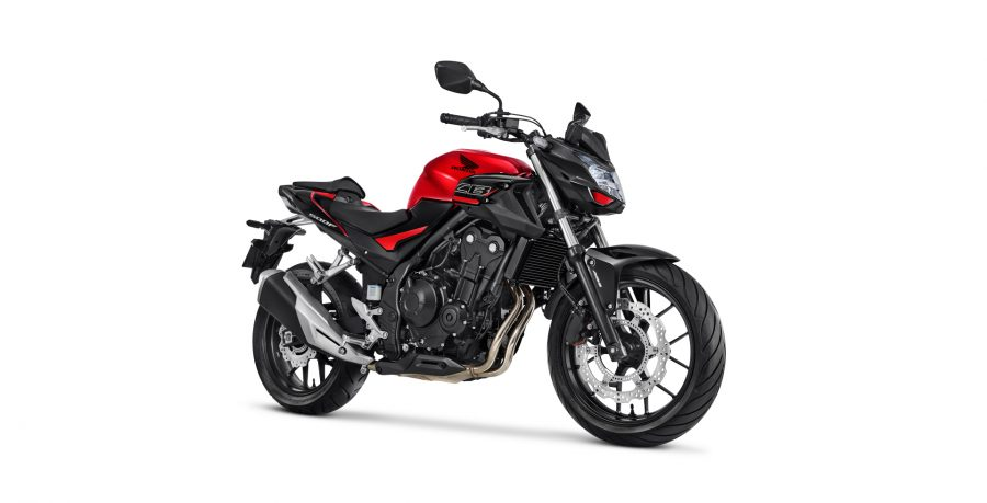 Além de possuir o sistema de freios ABS, a CB 500F conta com disco flutuante na roda dianteira, que é uma característica típica de motos de alta performance e garante uma frenagem mais segura, eficiente e sem vibrações.