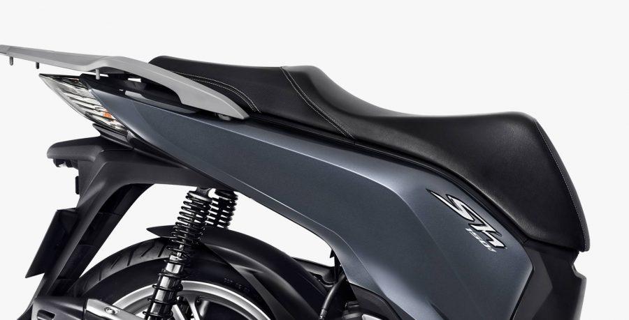 Elegância e conforto fazem parte da SH 150i. Com o seu acabamento sofisticado, você vai rodar cheio de estilo por aí.