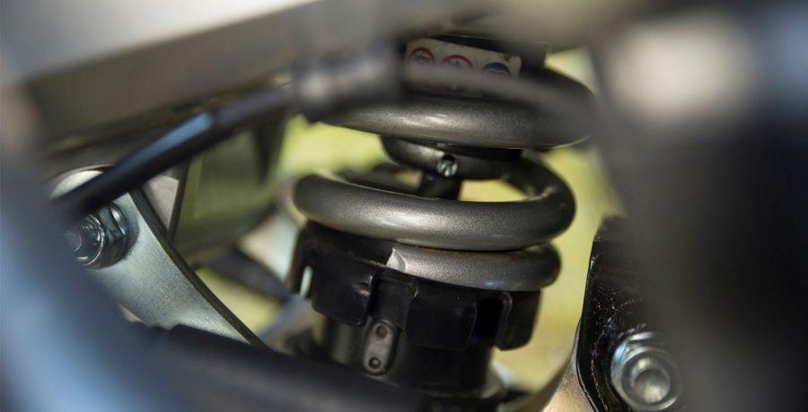 Cilindrada: 745 cc / Potência Máxima: 54,8 cv a 6.250 rpm / Torque Máximo: 6,93 kgf.m a 4.750 rpm