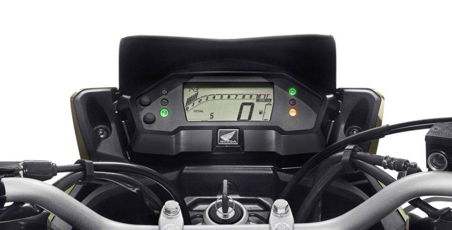 A XRE 190 ABS combina com o seu espírito de aventura. O painel, totalmente digital, permite ao piloto uma fácil visualização e leitura intuitiva da moto.
