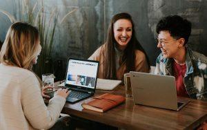 Estereótipos de geração atrapalham no trabalho?