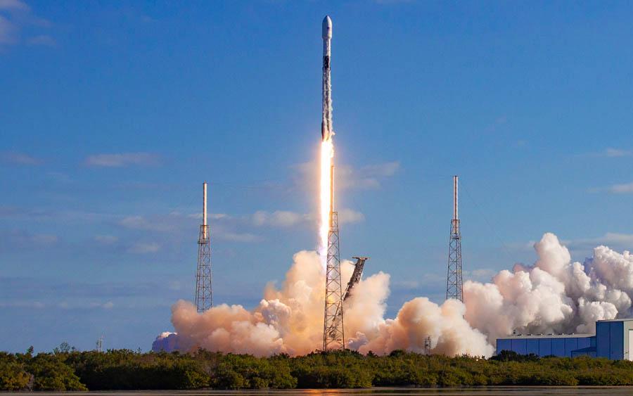 Falcon 9: As dificuldades de Elon Musk até o lançamento