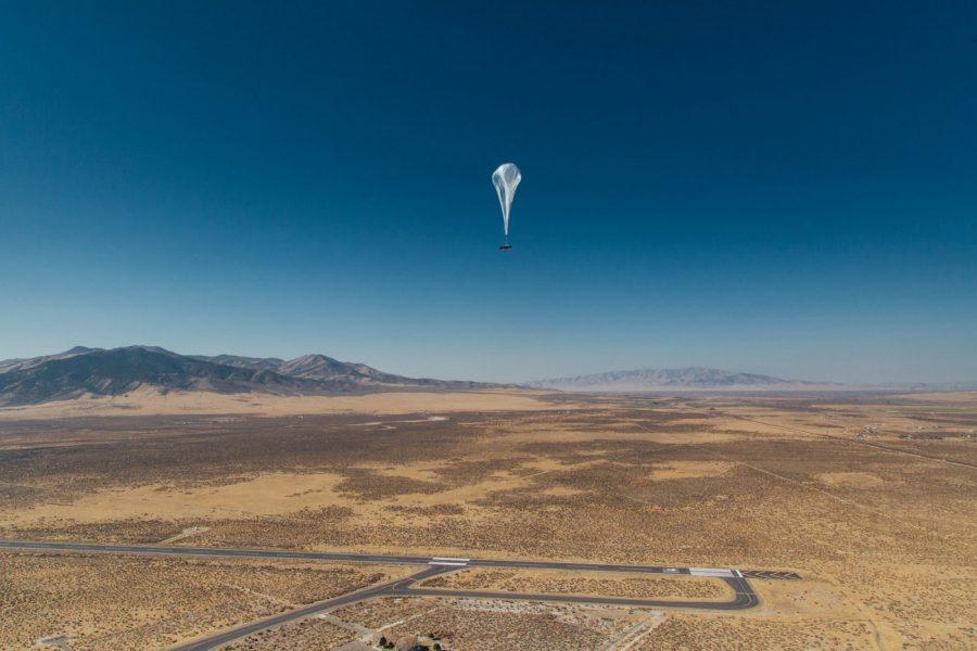 Um balão Loon a caminho de Porto Rico a partir de Nevada
