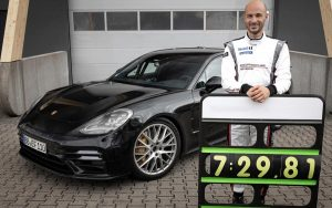 Novo Porsche Panamera conquista recorde de volta em Nürburgring