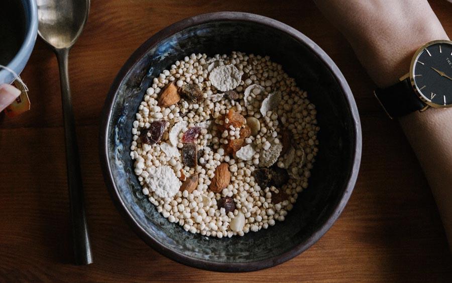 Como a quinoa pode ajudar a combater a fome e a desnutrição