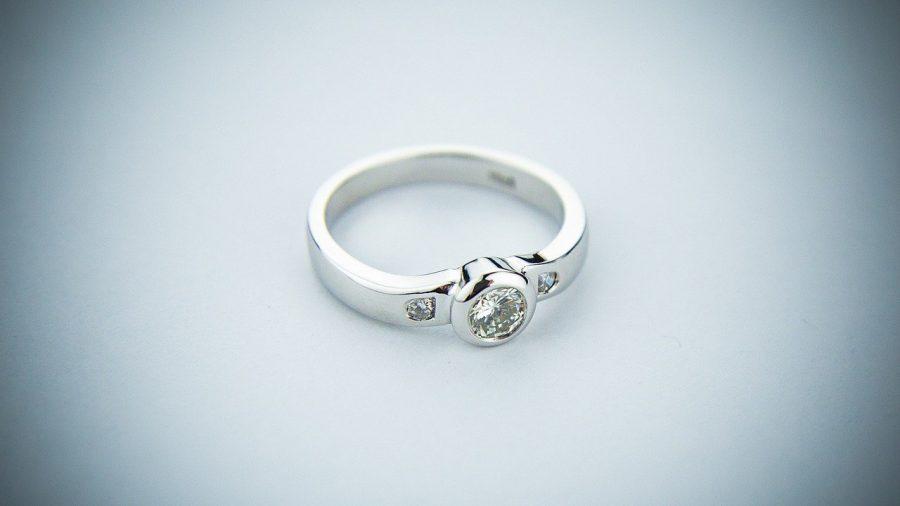 A escolha do anel ou aliança perfeita vai muito de perfil de cada um