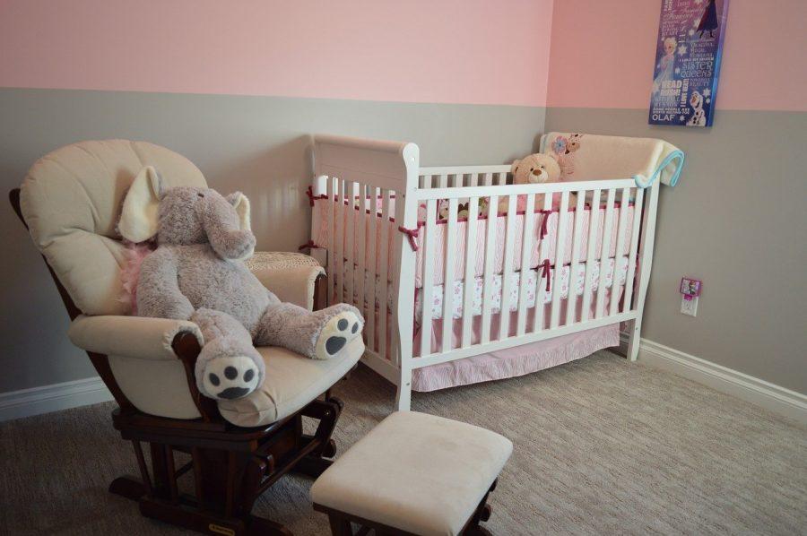 Principalmente para mamães e papais de primeira viagem, é essencial pesquisar por quartos de bebês