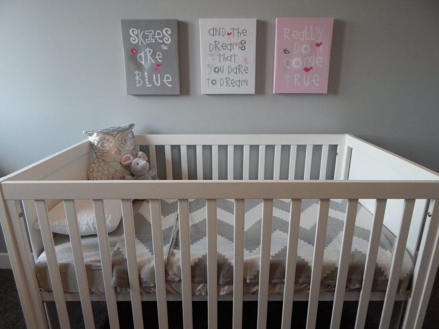 O berço deve ser o primeiro item a se pensar no quarto do bebê