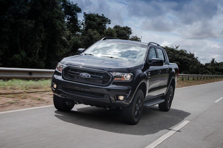 A Ranger Black foi apresentada pela primeira vez como conceito no Salão do Automóvel de São Paulo em 2018, para teste de mercado, com excelente receptividade do público. Chega agora a sua versão final.