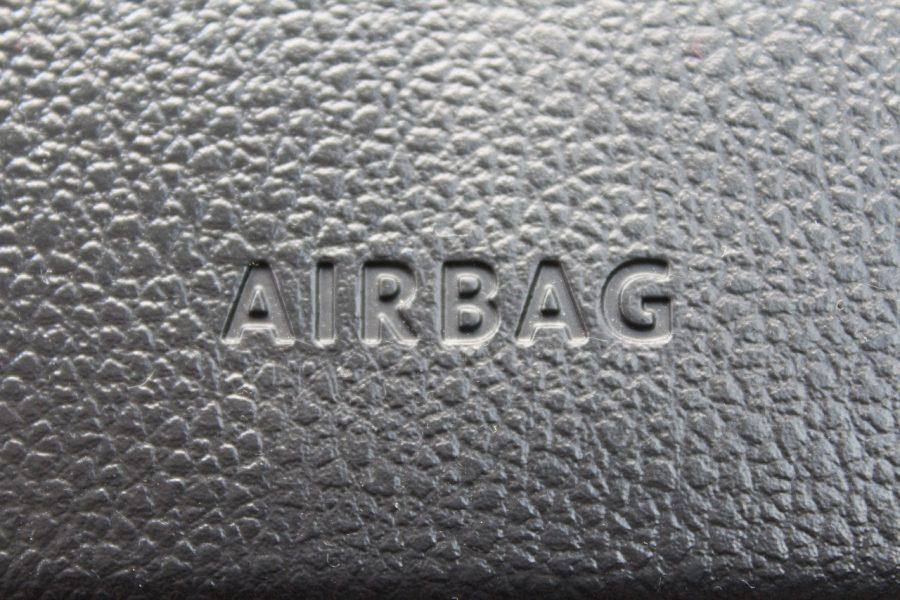 Existem vários tipos de airbags