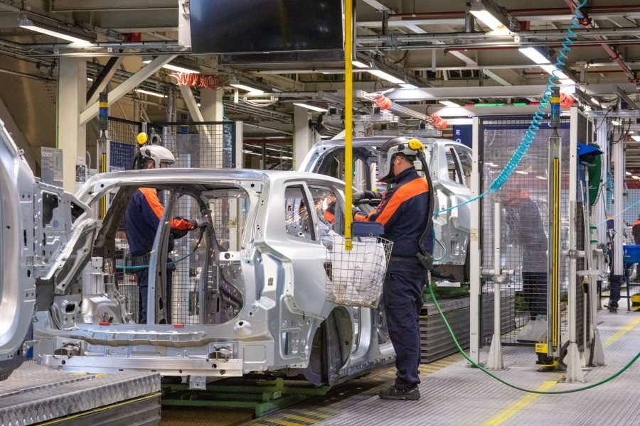 A Volvo Cars dá mais um passo significativo em direção à sua ambição de tornar sua rede de fabricação global neutra para o clima até 2025. A partir de agora, a unidade de Torslanda, na Suécia, é a primeira fábrica de automóveis a atingir o status totalmente neutro para o clima.