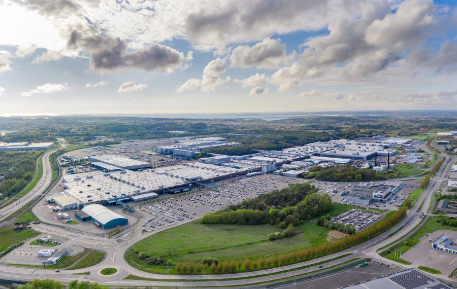Fábrica da Volvo Cars na Suécia torna-se a primeira planta de automóveis da marca a ser neutra para o clima