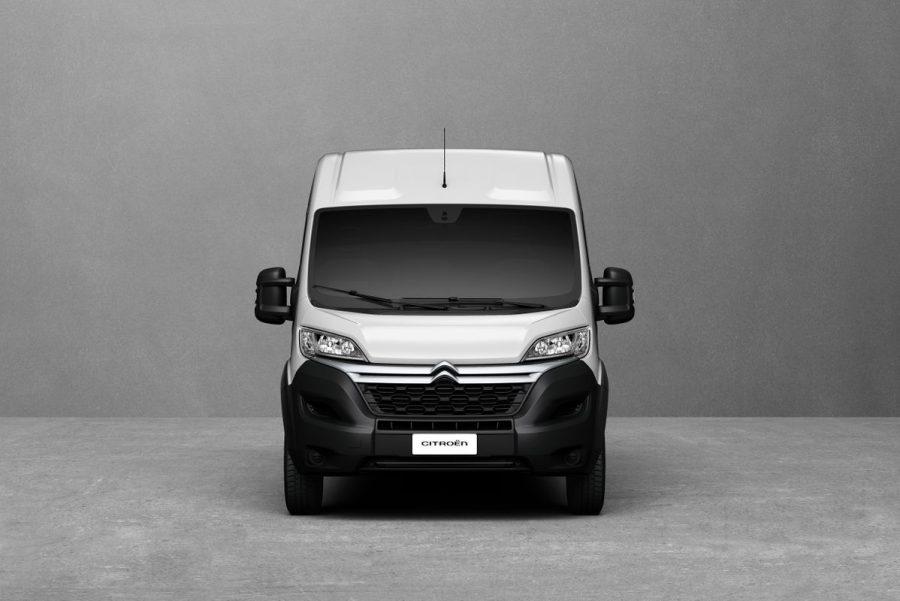 Furgão de grande porte da Citroën chega com uma nova versão, que permite a pessoas habilitadas com CNH categoria B conduzir o veículo